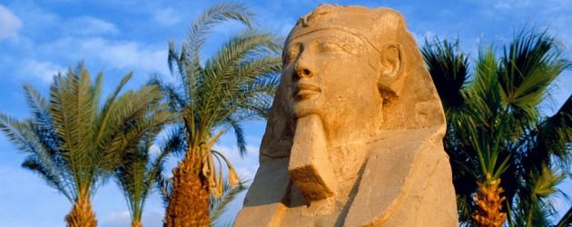Statue of Pharoas,Cairo